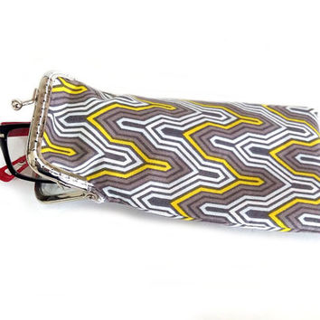 Eyeglasses Case - Reading glasses Case - Yellow and Gray cotton fabric - Kiss Lock Silver Frame