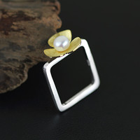 Silver Beauty Flower Pearl Ring