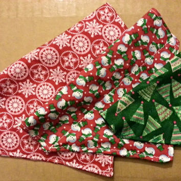 Over the Collar Holiday Bandanas!