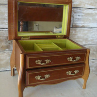 Vintage Jewelry Box  Light  Wooden  Chartreuse Interior Sweet