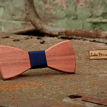 FREE SHIPPING till 15th October!Handcrafted Wooden Bow tie . Red wood .Handicraft unique men accessory.Manly gift. #JVbowtie