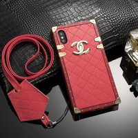 RED TRUNK CASE