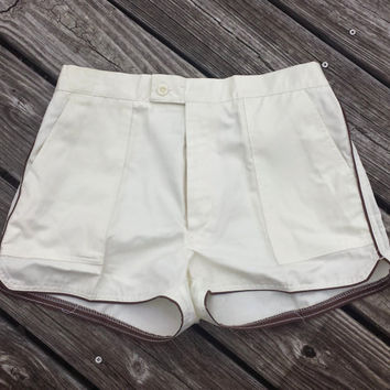 VINTAGE Mens Shorts - 1970s - Steepleshase Shorts - Retro - Cream w Brown- Sz S