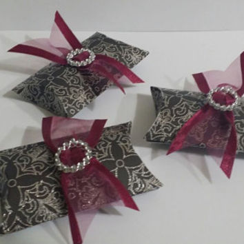 Gray and Silver Paper Pillow Envelopes Party Favor for Baby Shower, Wedding, Quinceañera Birthday, Bridal Shower day, engagement party