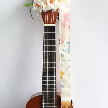 Ukulele strap (ribbon lei flower included)/ hawaiian fabric white A/ukulele accessory / instrument strap