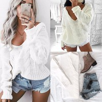WHITE KNITTED PULLOVER SWEATER