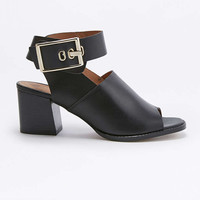 Casey Black Buckle High Heels - Urban Outfitters