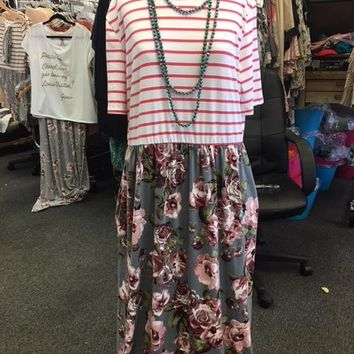 Short Sleeve Pink Maxi Dress with pockets