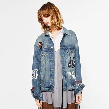 YNZZU 2017 New Spring Women  Mickey Mouse Denim Jacket Light Washed Woman Collar Embroidery fashion jeans Coats YO125