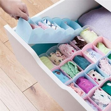 Womens Fashion Household 5 Grid Multifunctional Plastic Drawer Storage Box Socks Underwear Bra Storage Box Fashion Home Supplies