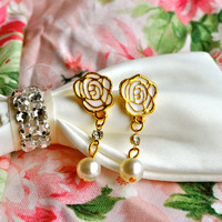 A Fairest Rose Earring