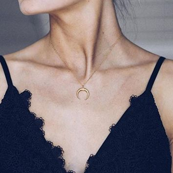 New Delicate Curved Crescent Moon Pendant Necklace Link Chain Necklace For Women Gift Silver Golden Color Fashion Jewelry