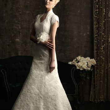 Allure Bridals M484 Sample Sale