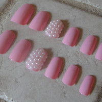 Set of Artificial Nails - Girls In Pearls
