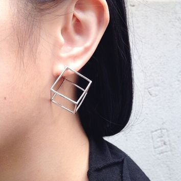 The tide of fashion and personality van geometry stereo square stud earrings