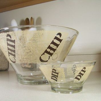 Vintage Chip and Dip Bowl in Beige and Chocolate by DomusModern