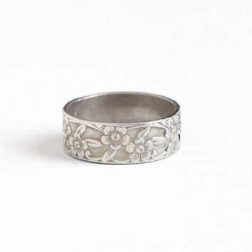 Vintage Sterling Silver Repousse Flower Eternity Ring - Retro 1950s Size 5 Floral Leaf Vine Cigar Band Stacking Nature Inspired Jewelry