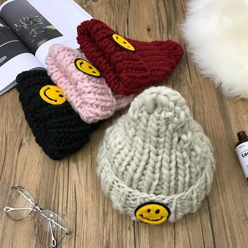 Women Casual Smile Face Patch Rough Knit Hat Winter Accessories