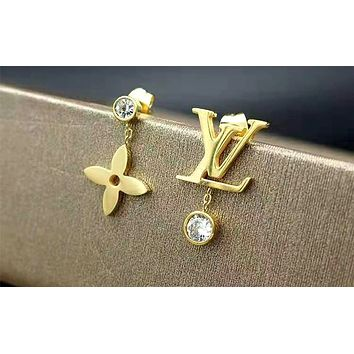 LV 2019 new simple and asymmetrical female models wild earrings two-piece Golden