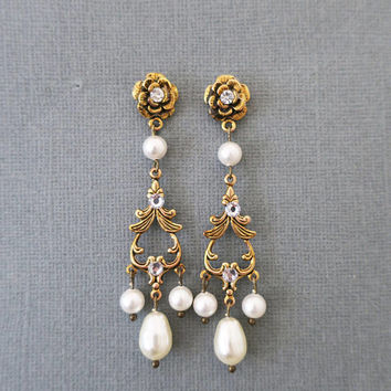 Gold Bridal Earrings Pearl Chandelier Earrings Wedding Jewelry for Brides Pearl and Gold Bridal Earrings Statement Art Deco Swarovski Drop