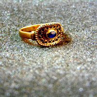 Stunning 14k gold and blue sapphire ring-Yellow gold statement  ring-Antique gold ring for women-Gemstone women's ring-Sapphire ring