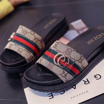GUCCI Summer new fashion flat red and green stripe sandals female slippers Khaki