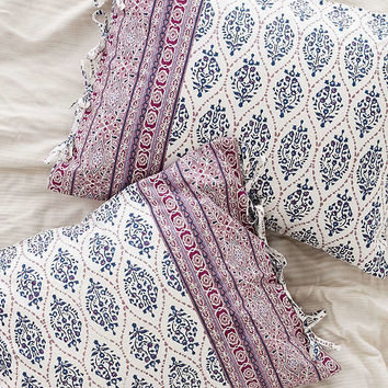 Plum & Bow Sofia Block Sham Set | Urban Outfitters