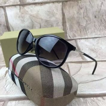 Burberry Sunglasses Replica AAA