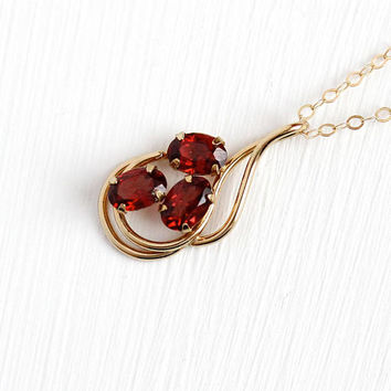 Vintage Garnet Pendant - 14k Yellow Gold Filled Three Genuine Red Gems Charm Necklace - Retro 1970s January Birthstone 1.68 CTW Jewelry