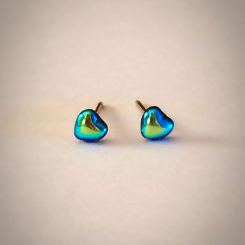 Tiny Heart Vintage Glass Stud Earrings