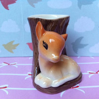Beautiful, deer figurine log vase!! Kitsch vintage, Hornsea, England china fawn!