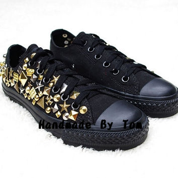 The gold studed shoes personality fashion shoes by hicase on Etsy