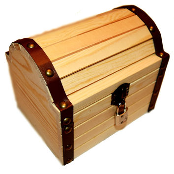 """Wooden Treasure Chest With A Working Lock And Pair Of Keys For Kids, 6.24"""" X 5.19"""" X 5.14"""""""