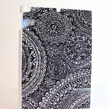 Black and White Detailed Aztec Swirls Tablet Case