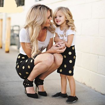 Ashley's Mother-Daughter Matching Outfits