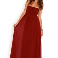 Missguided - Harriet Gathered Chiffon Look Maxi Dress In Burgundy