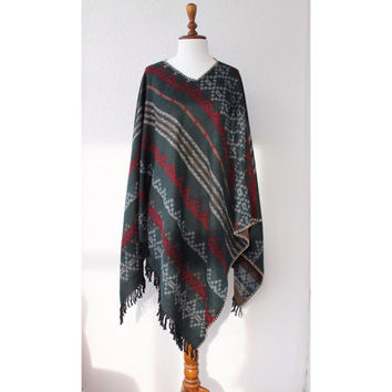 Women ponchos, Poncho, Woman Patterned coat