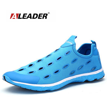 Men Outdoor Breathable Walking Shoes
