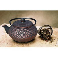 """Amai"" Tetsubin Teapot in Black and Copper by Old Dutch International"