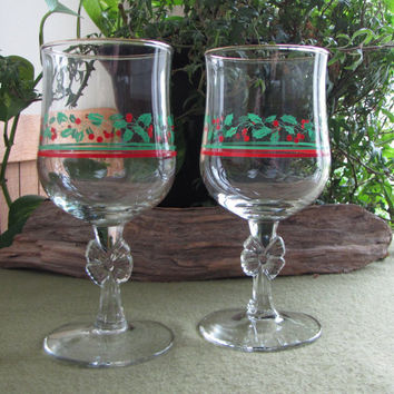 Holly and Berries Christmas Wine Glasses Arby's Promotional Christmas Glasses