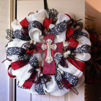 Cream Deco Mesh Cross Wreath