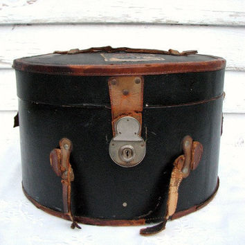Vintage Hat Box Leather 1920s by PoetryofObjects on Etsy