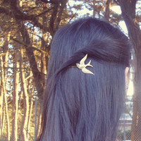 Hunger Games - Mockingjay Bobby Pin  by dreamsbythesea