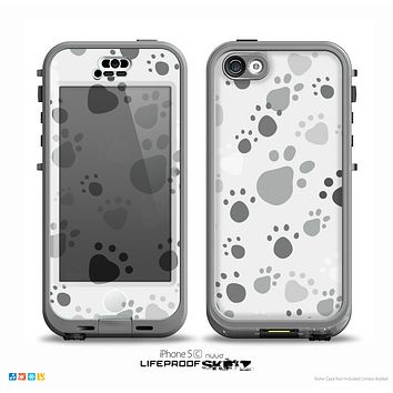 The Gray & White Large Paw Prints Skin for the iPhone 5c nüüd LifeProof Case