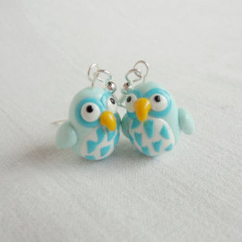 Bird earrings with cute wings and fluffy bellies by NellinShoppi