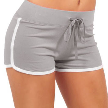 Gray Contrast Trims Drawstring Yoga Shorts