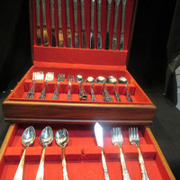 Auberge Stainless by Stanley Roberts , Flatware Set, Service for 12, 97 piece set ,Made in Korea  (1560)