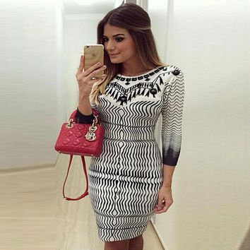 2018 Summer Fashion Skinny Dress Women Ladies Three Quarter Sleeve Geometric Print High Waist Knee-Length Dress Outfit Party