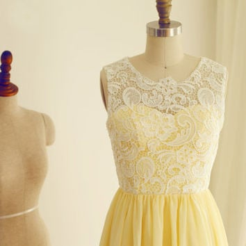 Yellow Chiffon lace Bridesmaid Dress Prom Dress Knee Length Short Dress with Sweetheart Neckline for Wedding