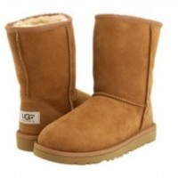 NEW KIDS YOUTH UGG AUSTRALIA CLASSIC SHORT CHESTNUT 5251 ORIGINAL FREE SHIPPING